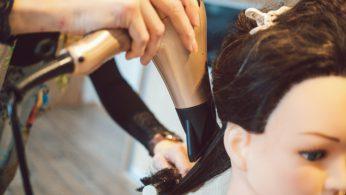 Střihy prodloužených vlasů